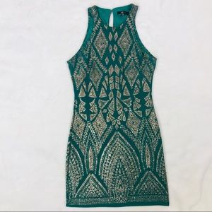 Dresses & Skirts - Green Short Cocktail Party Dress Size 3/4